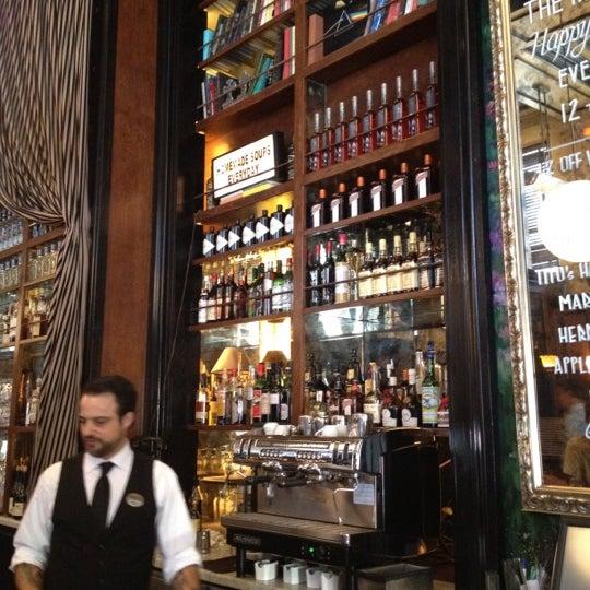 6/30/2012에 Chad R.님이 The Misfit Restaurant + Bar에서 찍은 사진