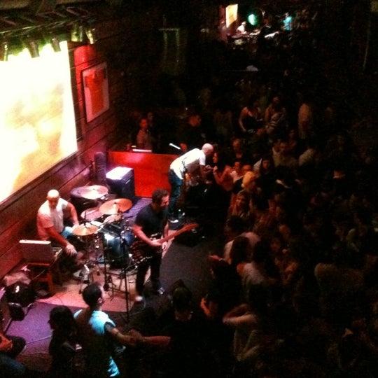 Foto tomada en Kia Ora Pub por Daniela B. el 6/3/2012