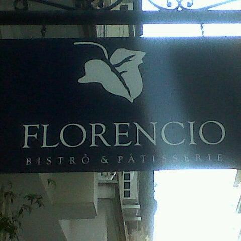 Foto tirada no(a) Florencio Bistro & Patisserie por Pia I. em 7/22/2012
