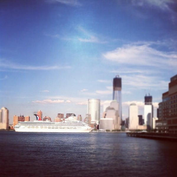 Peaceful Places In Nj: Jersey City Waterfront