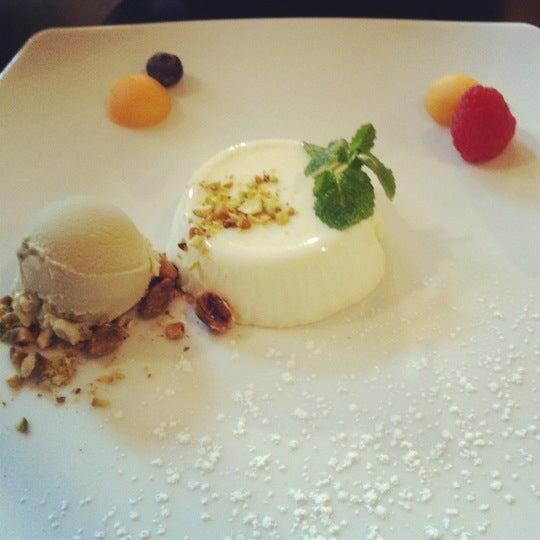 Foto tirada no(a) Cucina Asellina por Emma V. em 3/11/2012