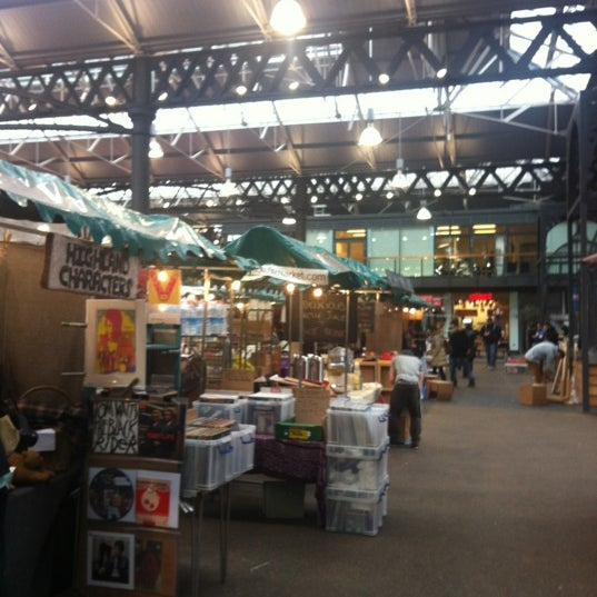 Foto tomada en Old Spitalfields Market por HYUK K. el 3/4/2012
