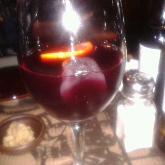 รูปภาพถ่ายที่ Carrer Nou โดย Mariana S. เมื่อ 7/5/2012