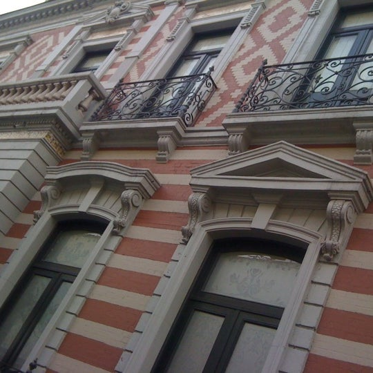 รูปภาพถ่ายที่ Museo de Cera โดย Guillermo F. เมื่อ 5/13/2012