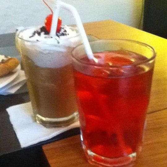 Foto tomada en Café Jaguar Yuú por Ed Iveth C. el 6/9/2012