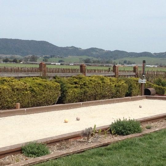 Das Foto wurde bei Larson Family Winery von Debra C. am 4/8/2012 aufgenommen