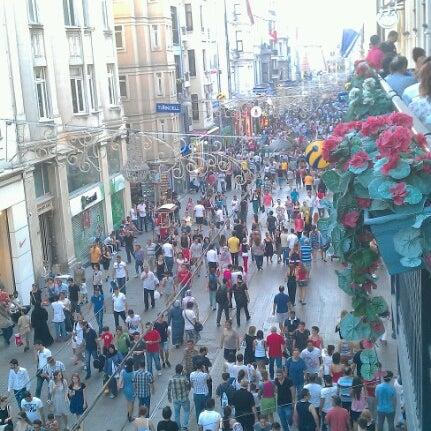 Foto scattata a Demirören İstiklal da Ozcan A. il 7/14/2012