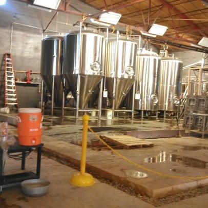 Foto diambil di Good People Brewing Company oleh Kurt K. pada 8/31/2012