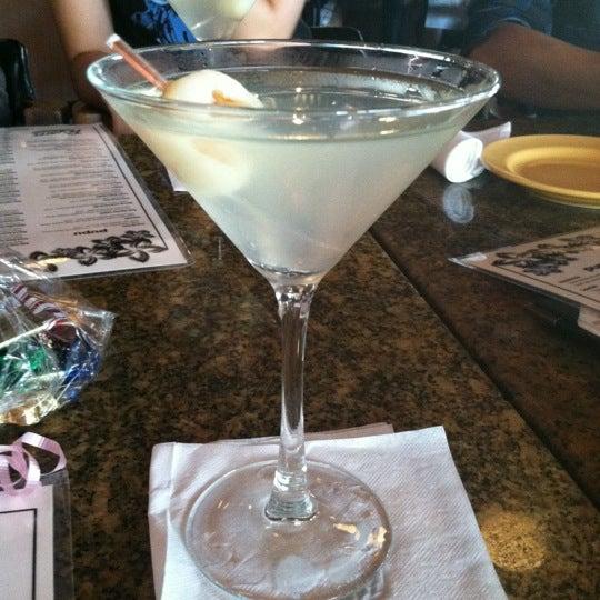 Foto scattata a Ryan's Grill da Elyse H. il 7/29/2012
