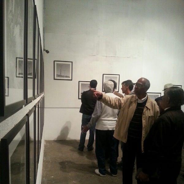 Das Foto wurde bei CentoeQuatro von Henrique R. am 8/14/2012 aufgenommen