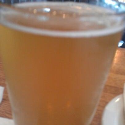 Photo prise au Citizen Bar Chicago par Naul V. le8/16/2012