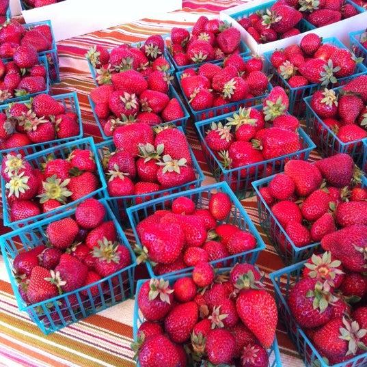 7/14/2012にJorge O.がFerry Plaza Farmers Marketで撮った写真