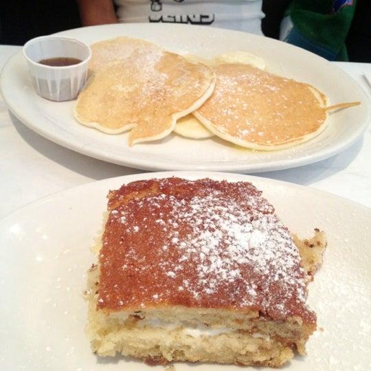 Снимок сделан в Southport Grocery & Cafe пользователем Simon B. 8/4/2012