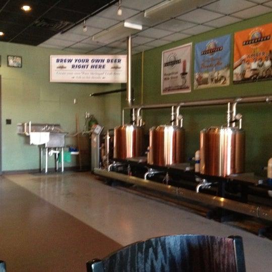 Снимок сделан в Saugatuck Brewing Company пользователем @BlueStarHighway 8/11/2012