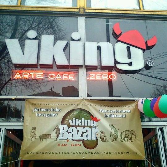 Foto tirada no(a) Viking - Arte Café Punto Zero por Paulette M. em 3/17/2012