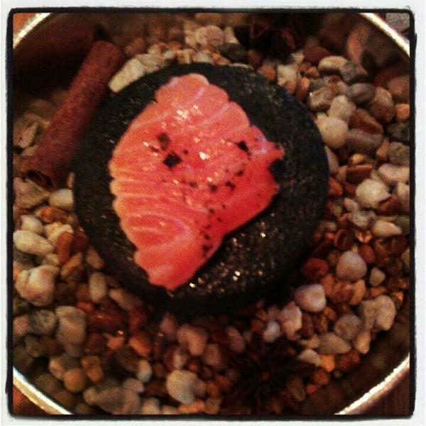 Снимок сделан в Yume пользователем Christina F. 5/31/2012