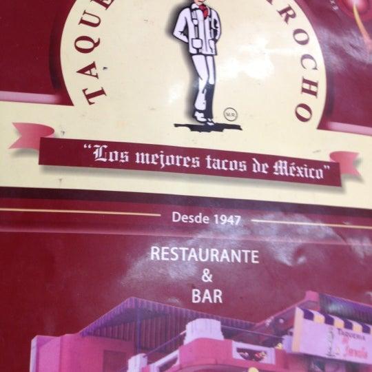 Foto diambil di Taquería El Jarocho oleh Julius G. pada 8/16/2012