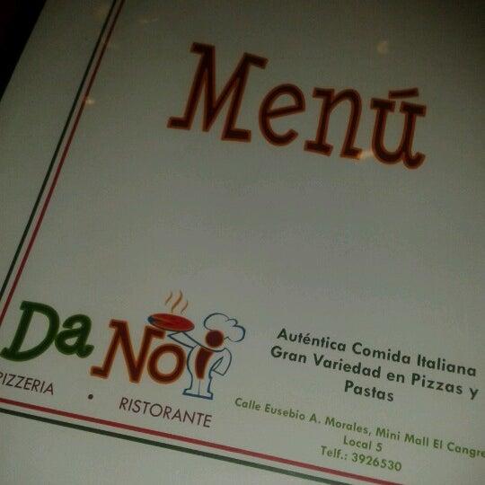 Foto tomada en Da Noi Pizzeria Ristorante por Fernando C. el 6/15/2012