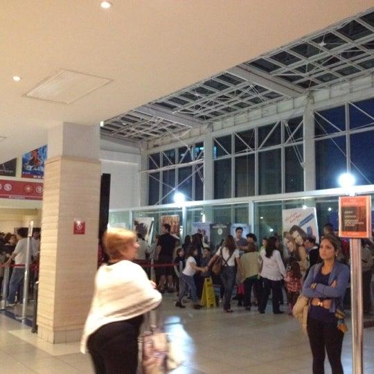7/8/2012 tarihinde Igor d.ziyaretçi tarafından Shopping Tijuca'de çekilen fotoğraf