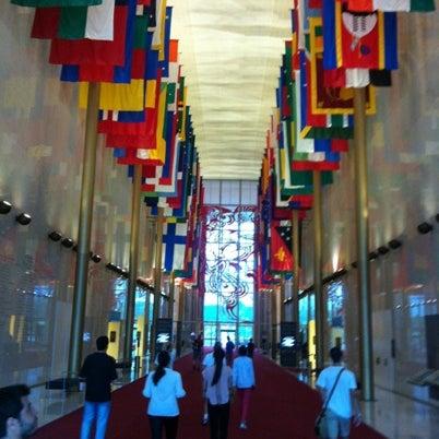 Снимок сделан в The John F. Kennedy Center for the Performing Arts пользователем Luiz M. 8/5/2012