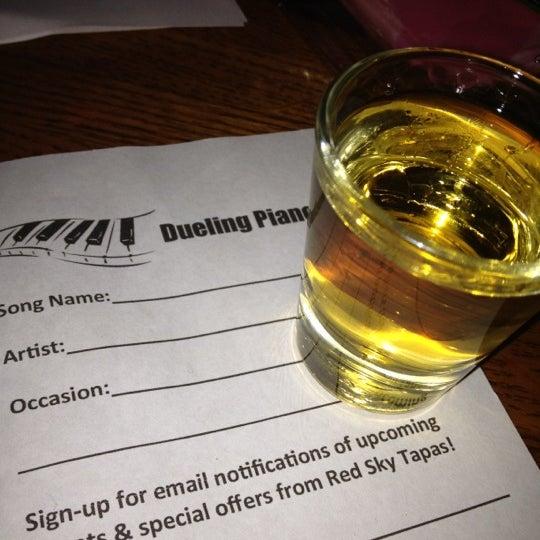 9/9/2012에 Lindy F.님이 Red Sky Tapas & Bar에서 찍은 사진