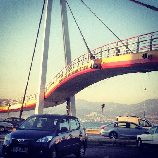 Das Foto wurde bei La Folie Güzelyalı von Hayriye am 8/26/2012 aufgenommen
