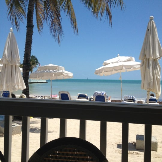 Foto scattata a Southernmost Beach Cafe da Lauren L. il 4/24/2012