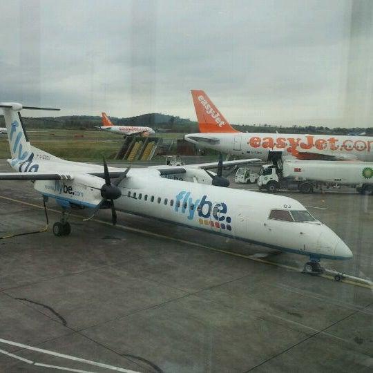 Das Foto wurde bei Edinburgh Airport (EDI) von Andre V. am 3/19/2012 aufgenommen