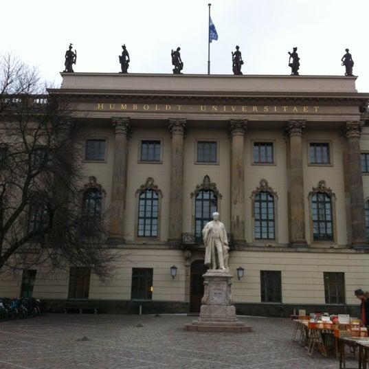 3/1/2012에 Bettina H.님이 Humboldt-Universität zu Berlin에서 찍은 사진