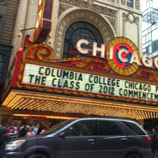 Foto scattata a The Chicago Theatre da Hope A. il 5/5/2012