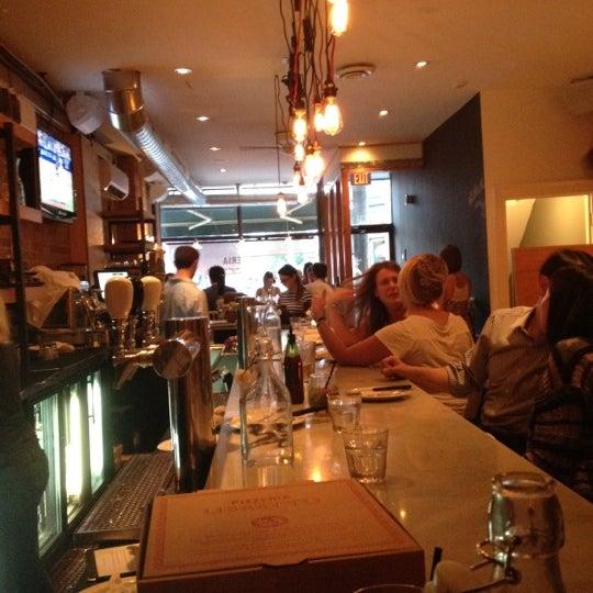 Photo prise au Pizzeria Libretto par Kristen le7/18/2012