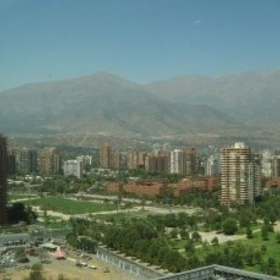 รูปภาพถ่ายที่ Courtyard by Marriott Santiago Las Condes โดย Raad T. เมื่อ 7/26/2012