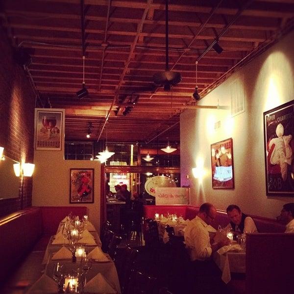 8/15/2012にLizzie M.がLes Zygomates Wine Bar Bistroで撮った写真