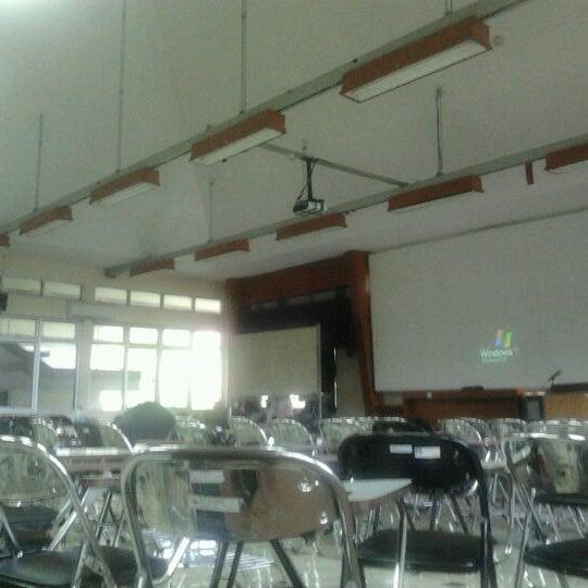 Photos At Ruang K1 Arsitektur Dan Perencanaan Ugm Jl Grafika No 2