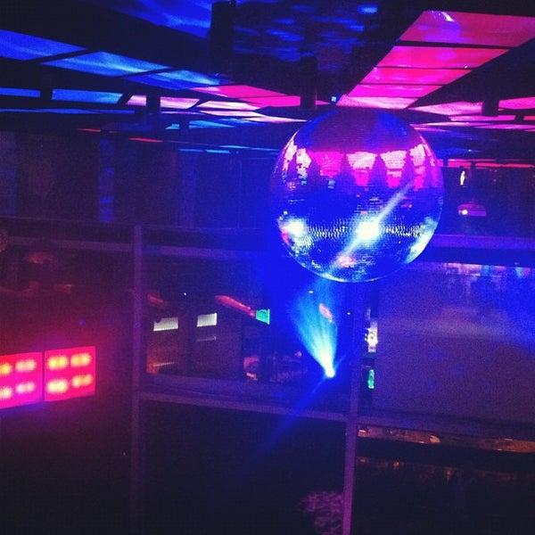 รูปภาพถ่ายที่ Boogie Disco โดย Ivair J. เมื่อ 5/26/2012