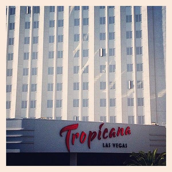 Снимок сделан в Tropicana Las Vegas пользователем Jay A. 9/9/2012