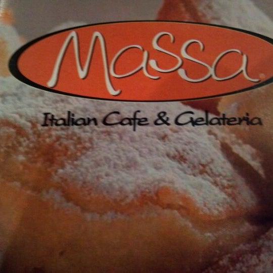 Foto diambil di Massa Cafe Italiano oleh Amanda W. pada 3/28/2012