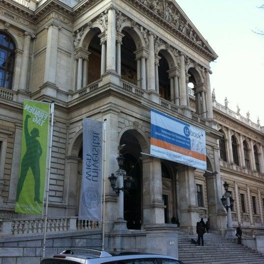 Foto tomada en Universität Wien por Sergey S. el 3/9/2012