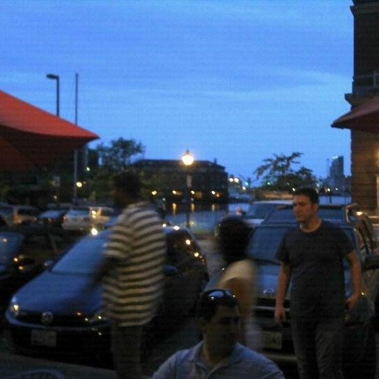 Снимок сделан в Riptide by the Bay пользователем Mercedes U. 5/28/2012