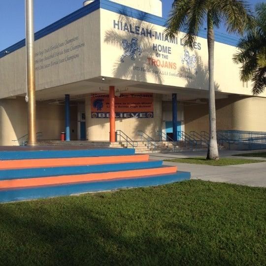 Hialeah Miami Lakes >> Hialeah Miami Lakes Senior High School High School