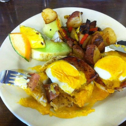 Photo prise au Breakfast Club par Chris B. le4/14/2012