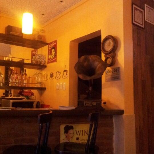 Foto diambil di Dalí Cocina oleh Chris N. pada 7/23/2012