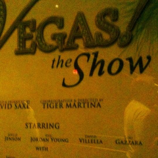3/16/2012 tarihinde Nikki G.ziyaretçi tarafından VEGAS! The Show'de çekilen fotoğraf