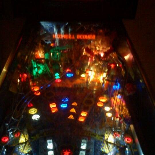 4/28/2012 tarihinde Leo B.ziyaretçi tarafından Rock 'n' Roll Burger'de çekilen fotoğraf