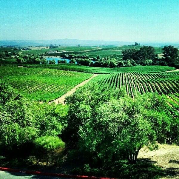 Das Foto wurde bei Artesa Vineyards & Winery von Luis G. am 8/11/2012 aufgenommen