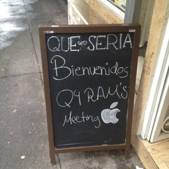 รูปภาพถ่ายที่ Queseria De Mí โดย Oliverio c. เมื่อ 7/25/2012