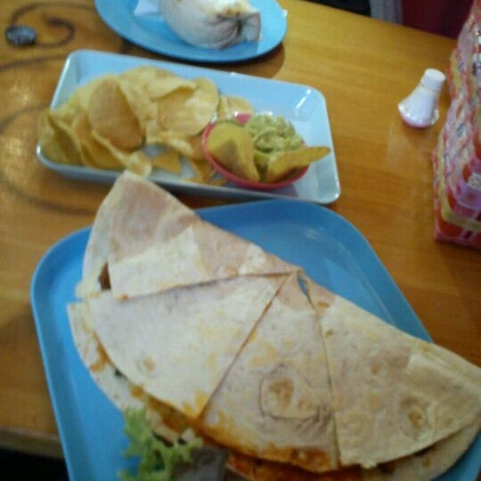 4/21/2012 tarihinde Zaira P.ziyaretçi tarafından Condesa'de çekilen fotoğraf
