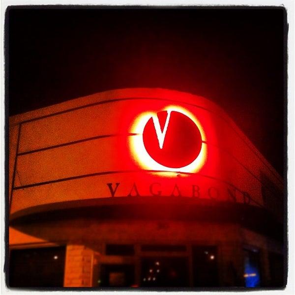 Foto tirada no(a) The Vagabond por Eddie R. em 7/18/2012