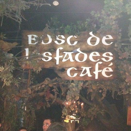 รูปภาพถ่ายที่ El Bosc de les Fades โดย Edwin M. เมื่อ 4/1/2012