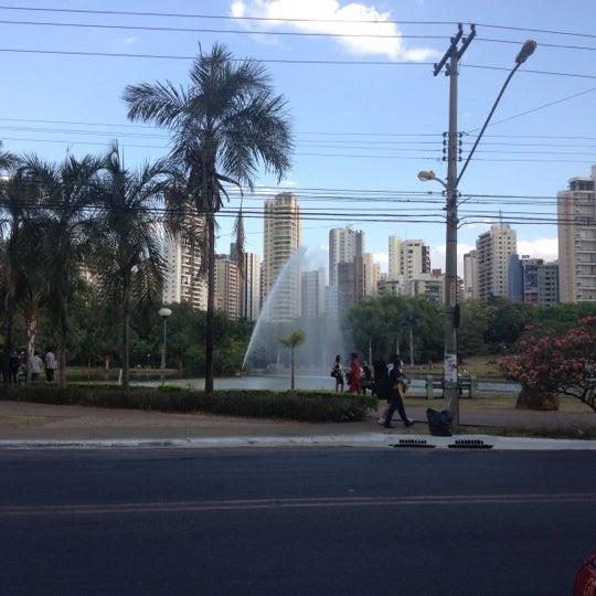 9/8/2012 tarihinde Rodrigo S.ziyaretçi tarafından Goiânia Shopping'de çekilen fotoğraf